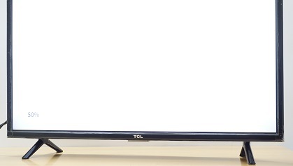 TCL L32D2900 table stand
